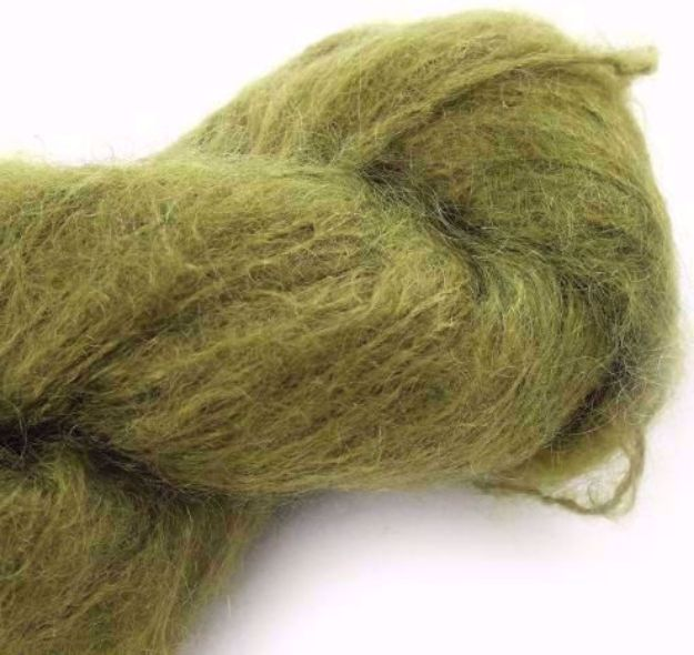 COWGIRLBLUES FLUFFY MOHAIR SOLIDS olive