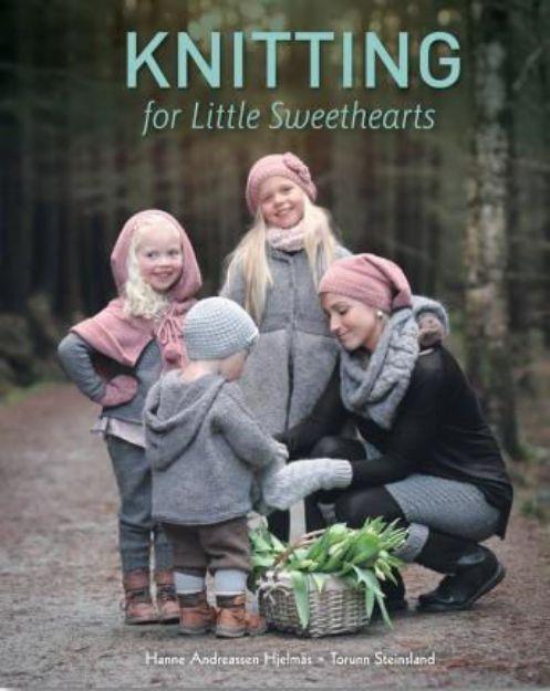 Bild von ANDREASSEN HJELMAS Knitting for Little Sweethearts