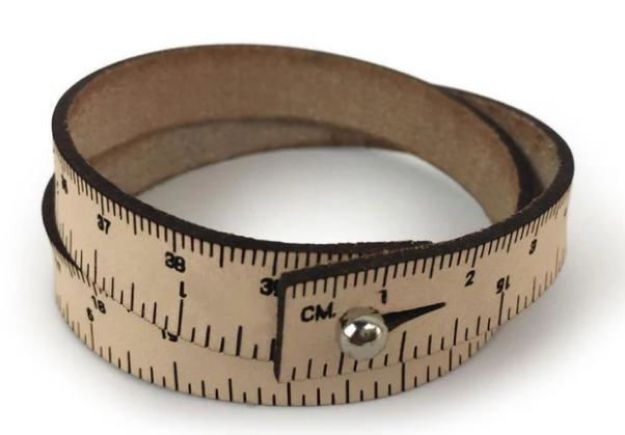 WRIST RULER 15 INCHES 38 CM natural